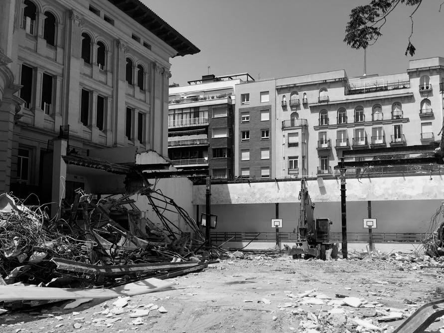Pabellón-Colegio-Jesús-María--demolición