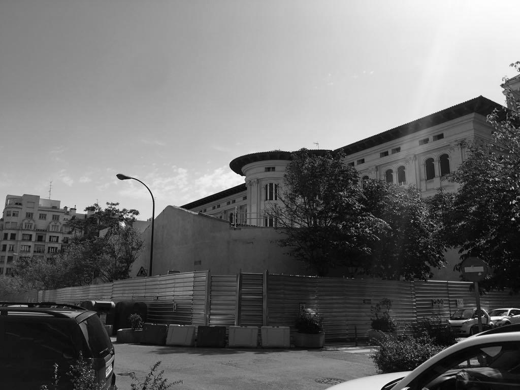 Pabellón Colegio Jesús María- exteriores